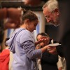 São Paulo, SP— Diante do Pregador-Ecumênico, o jovem escuta as palavras de força da Religião do Terceiro Milênio e recebe a energização do Cristal do Templo da Boa Vontade, na mão direita.