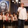 SÃO PAULO, SP — Sensibilizando todos os presentes, Reneo Trevisan Jr. interpreta a Música Legionária