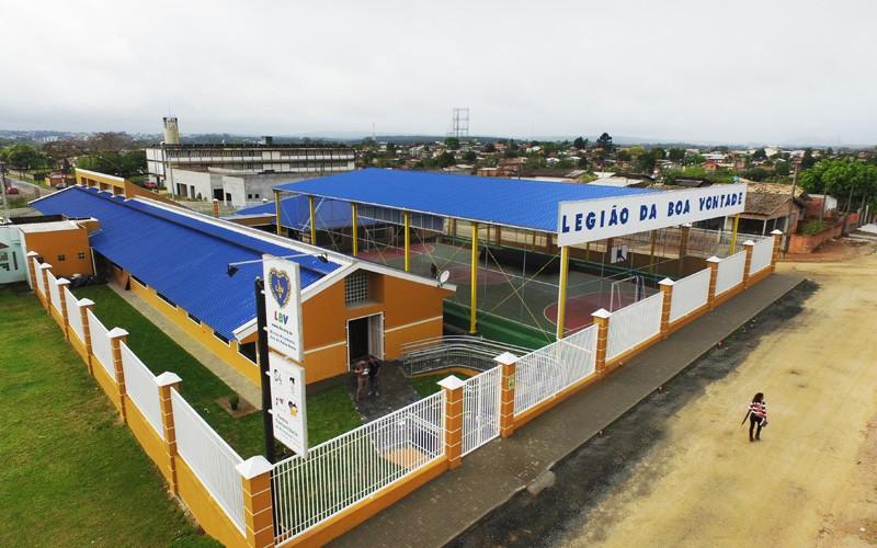 A Legião da Boa Vontade está constantemente ampliando o seu atendimento. Nesta terça-feira, 19, a Instituição entregou ao povo de Criciúma as novas instalações de seu Centro Comunitário de Assistência Social.