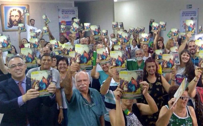 Rio de Janeiro, RJ — A alegria dos Cristãos do Novo Mandamento de Jesusnas novas instalações da Igreja da Religião Divina de Bangu. Na foto, vista parcial do público presente.