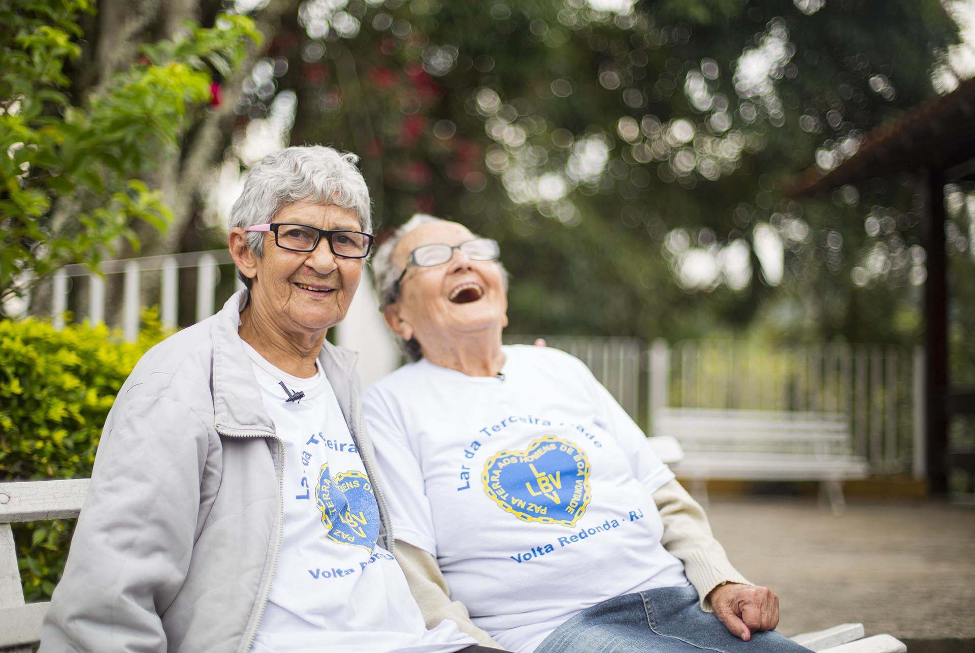 Volta Redonda/RJ — Amamos essa amizade verdadeira entre a dona Vera e a dona Matilde \o/